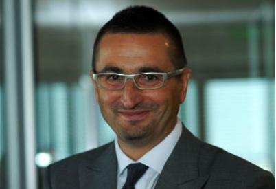 Michal Shurek, seful ING, admite ca banca trebuie sa fie mai transparenta, dar practica pietei nu o lasa