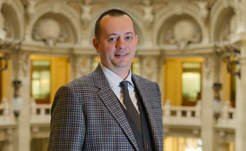 Bogdan Neacșu, Președinte, Director General CEC Bank